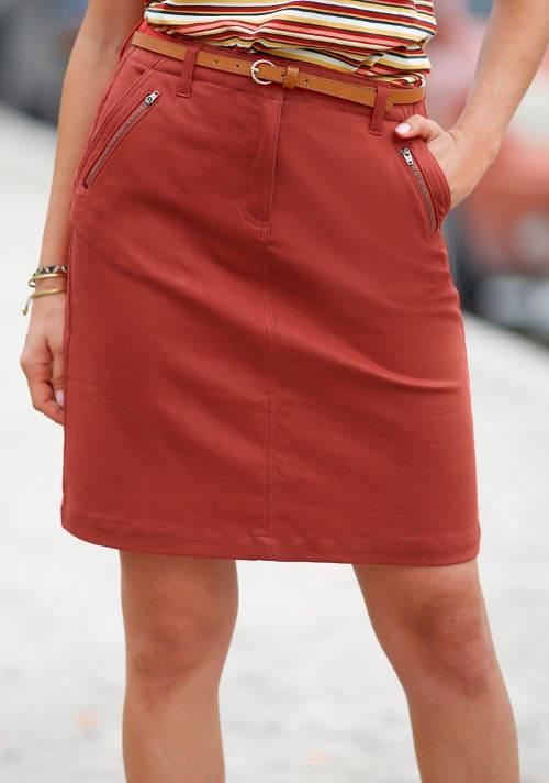 Egyenes női szoknya zsebbel és cipzárral