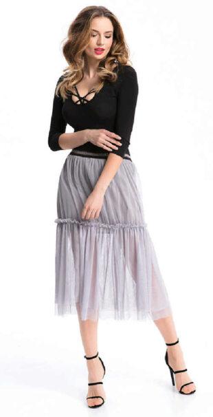 Könnyű és kényelmes anyagból készült hosszú női szoknya